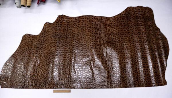 Кожа КРС с тиснением, коричневая, 125 дм2.-AB1-84
