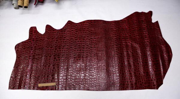 Кожа КРС с тиснением, темно-красная, 106 дм2.-AB1-87