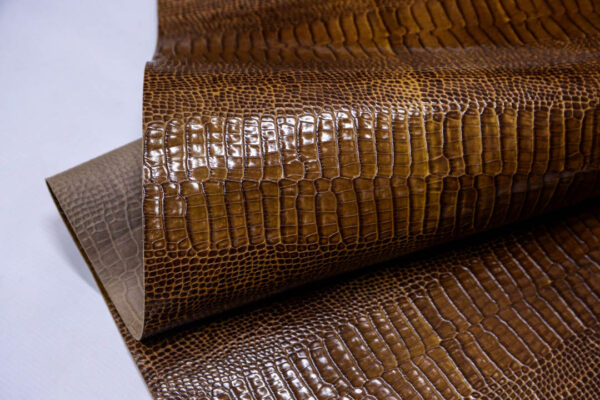 Кожа КРС с тиснением, светло-коричневая, 85 дм2.-AB1-92