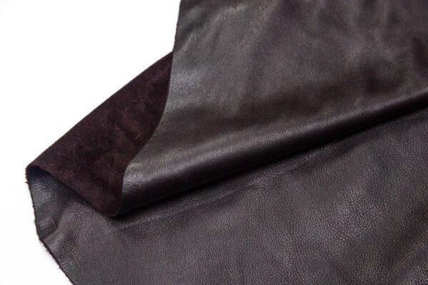 Кожа КРС, темно-коричневая лицевая, 221 дм2.-D1-136
