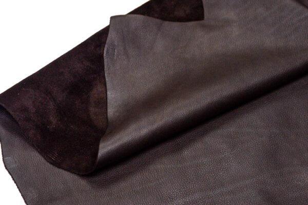 Кожа КРС, темно-коричневая лицевая, 248 дм2.-D1-137