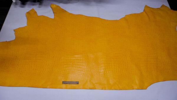 Кожа КРС с тиснением, желтая, 209 дм2.-AB1-105