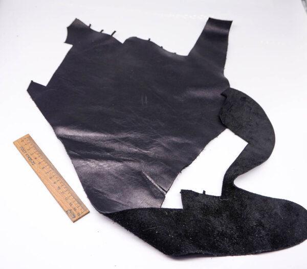 Кожа КРС, черная, 11 дм2.-1-380