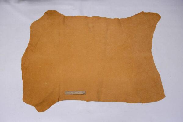 Кожподклад свиной (спилок), песочный, 10,25 фут (95 дм2).-401079