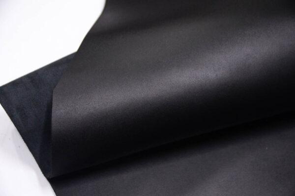 Кожа КРС ременная, черная, 145 дм2.-D1-222