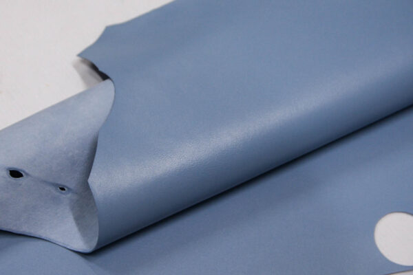 Кожа МРС, голубая, 31 дм2.-109744