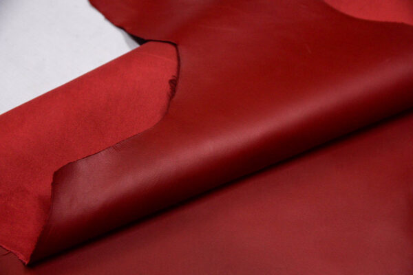 Кожа МРС, темно-красная, 40 дм2.-109756