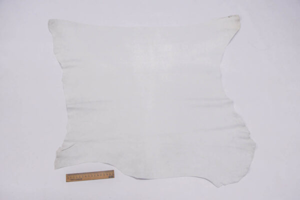 Велюр МРС, темно-белый, 4 фут2 (37 дм2).-109781