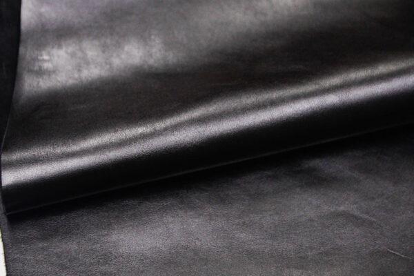 Кожа КРС, черная, 156 дм2.- D1-229
