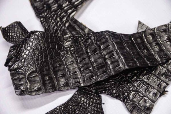 Кожа крокодила, черная- kr-265