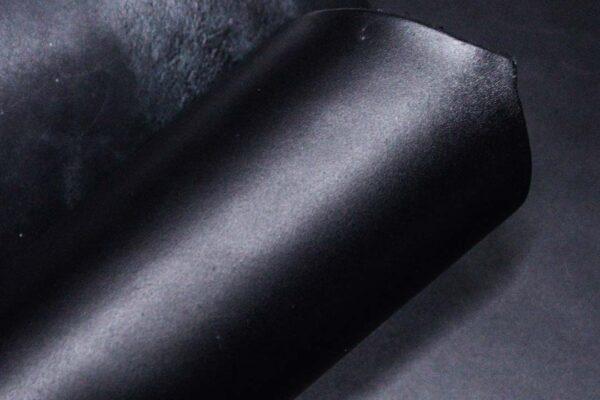 Кожа КРС ременная, черная, 187 дм2.-D1-264