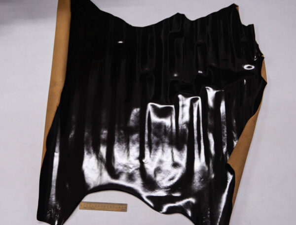 Кожа теленка, матовый лак, темно-коричневая, 73 дм2, Russo di Casandrino S.p.A.-109989