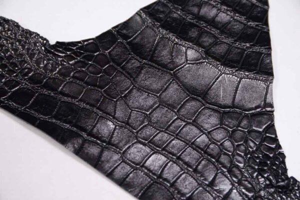 Кожа крокодила, черная- kr-310