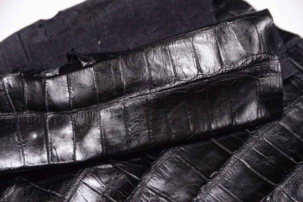 Кожа крокодила, черная, 130х50 см.- kr-324