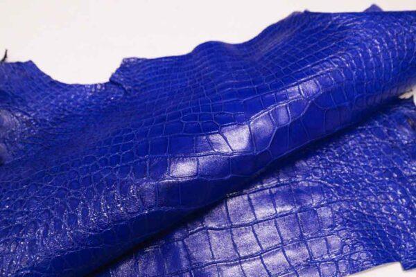 Кожа крокодила, синяя, 45х42 см.- kr-344