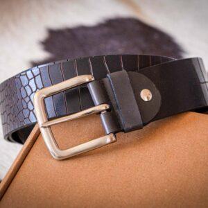 Мужской темно-коричневый кожаный ремень rm-010 (137/124/4,3)