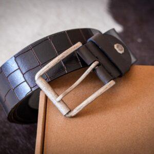 Мужской темно-коричневый кожаный ремень rm-011 (137/126/4,3)