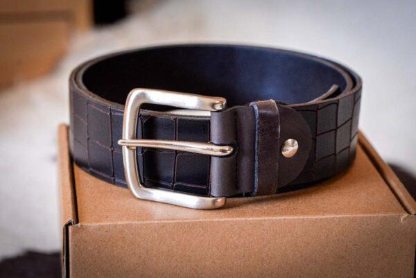 Мужской темно-коричневый кожаный ремень rm-012 (112/101/4,2)