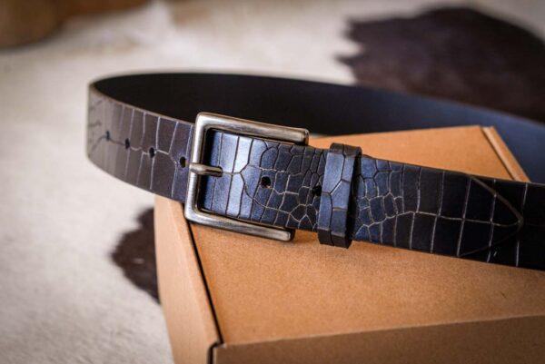 Мужской темно-коричневый кожаный ремень rm-006 (112/102/4)