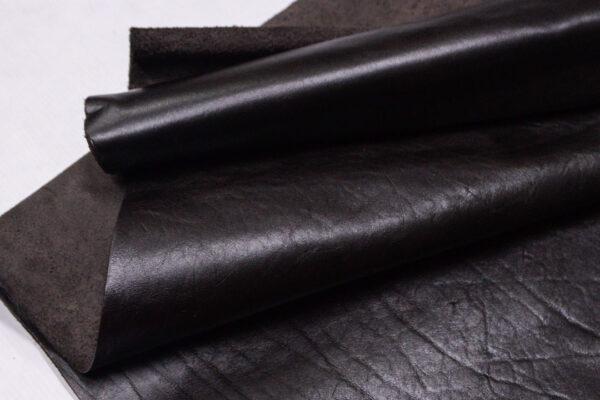 Кожа КРС, темно-коричневая, 74 дм2.- D1-324