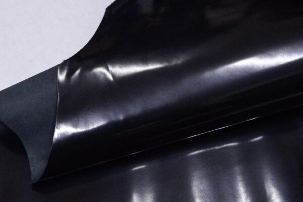 Лаковая кожа теленка, черная, 62 дм2.-110017