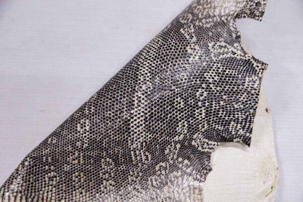 Кожа игуаны, молочно-серая, 31х31 см.- ign-018