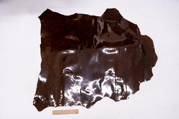 Лаковая кожа теленка, коричневая с мраморным эффектом, 51 дм2.-110004