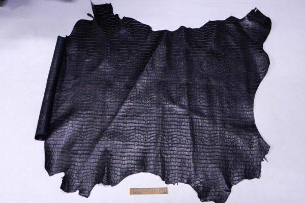Кожа теленка тиснением, черная, 97 дм2.-110081