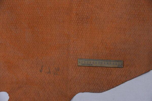 Спил КРС с тиснением, персиковый, 17,5 фут2 (162 дм2).-110148