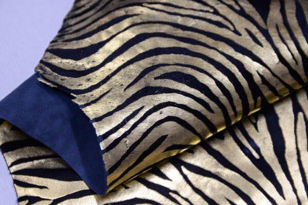 Пони, черная с золотом, 42 дм2, Russo di Casandrino S.p.A.-110163