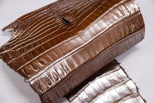 Кожа крокодила, светло-коричневая с перламутром, 65х24 см.- kr-371