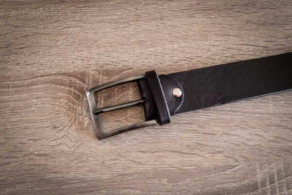 Мужской черный кожаный ремень rm-030 (142/132/3,9)