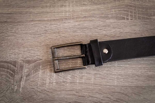 Мужской черный кожаный ремень rm-033 (123/114/3,8)
