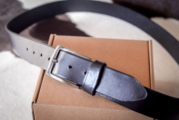 Мужской черный кожаный ремень rm-036 (134/123/3,8)