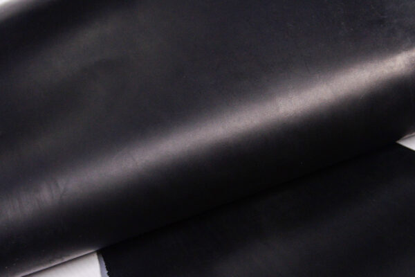 Кожа КРС крейзи хорс (Crazy Horse), черная, 38 дм2.-D1-416