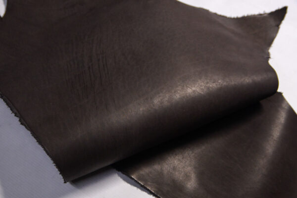 Кожа КРС растительного дубления, пола, шоколадная, 57 дм2.-D1-424