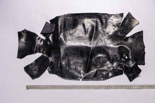 Кожа игуаны, черная, 62х34 см.- ign-044