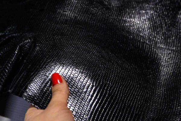 Кожа игуаны, черная, 76х35 см.- ign-052