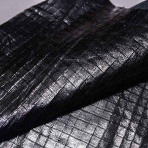 Кожа теленка с тиснением (с подрезами), черная, 36 дм2.-110327