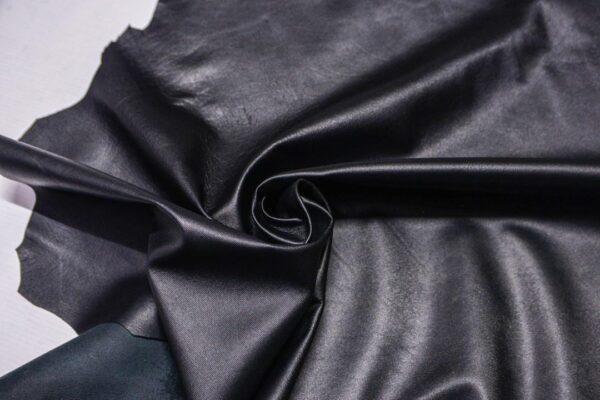 Кожа МРС с тиснением, черная, 48 дм2.-110329