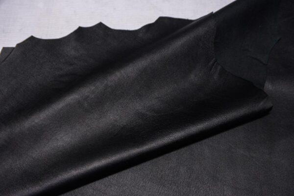 Кожа МРС с тиснением, черная, 52 дм2.-110333