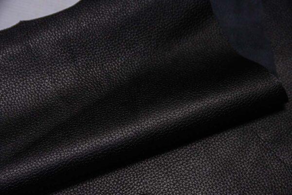 Кожа МРС с тиснением, черная, 43 дм2.-110335