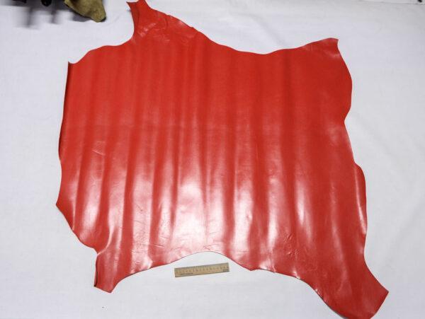 Кожа теленка, красная, 90 дм2.-110429
