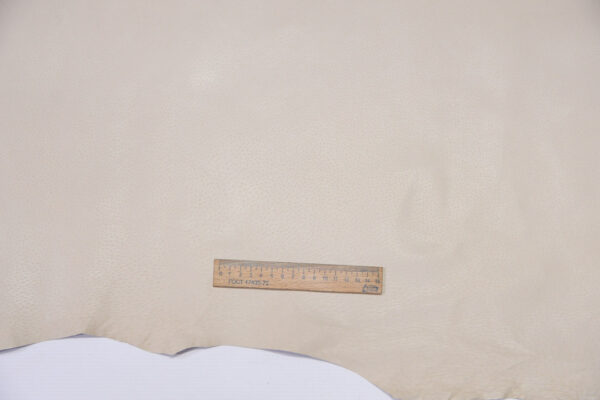 Кожподклад свиной (спилок) вощёный, светло-бежевый, 106 дм2.-PT1-130