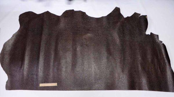 Кожа КРС с тиснением, темно-коричневая, 123 дм2.-110494