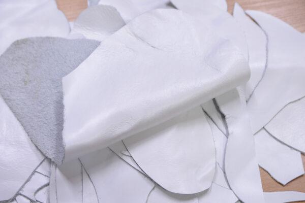 Кожа КРС, обрезки, белая гладкая - 1 кг