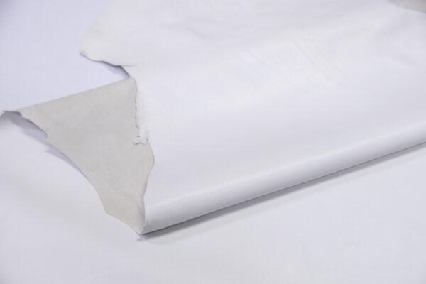 Кожа одёжная МРС, белая, 6,75 фут. (63 дм2)-200168