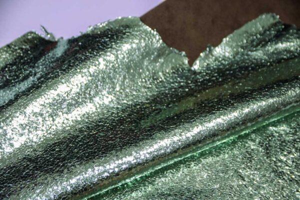 Кожа теленка тиснением, мятный металлик, 55 дм2.-110664