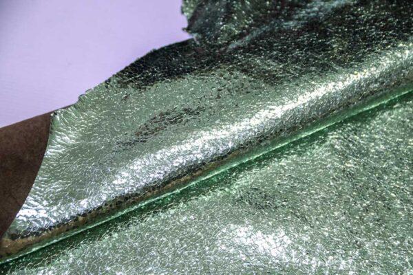 Кожа теленка тиснением, мятный металлик, 61 дм2.-110665