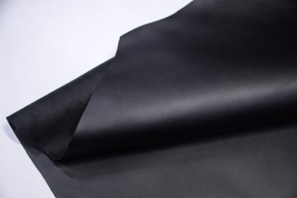 Кожа КРС, черная, 208 дм2.- D1-755